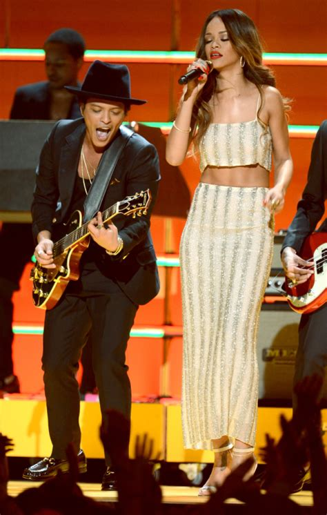How Tall Is Bruno Mars: See Celebs Towering Over the Singer