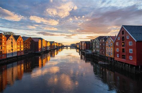 The historic town of Trondheim - Fjord Travel Norway