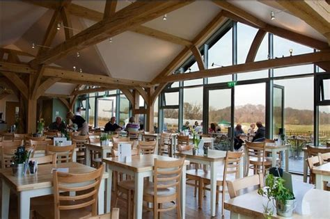 PEARCE'S FARM SHOP AND CAFE, Braughing - Updated 2020