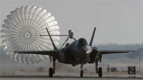 F-35A Spin Recovery Chute Test - YouTube