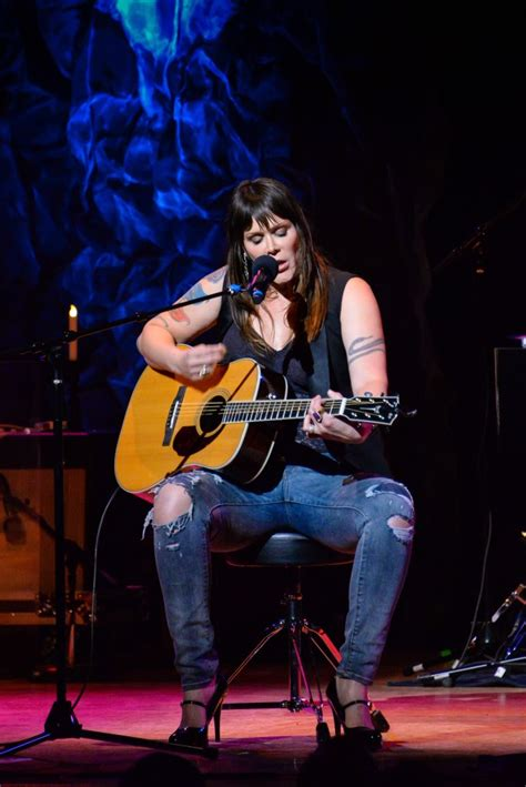 BETH HART PLAYS TOWN HALL - Pancakes And Whiskey