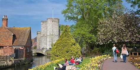 Taxi Transfer from London City Airport to Canterbury