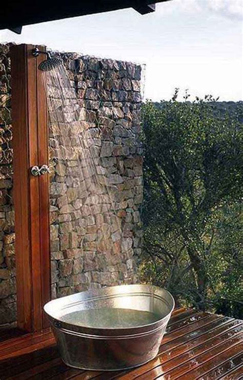 30 Cool Outdoor Showers to Spice Up Your Backyard