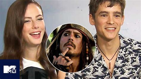 Pirates Of The Caribbean Cast Play Would You Rather