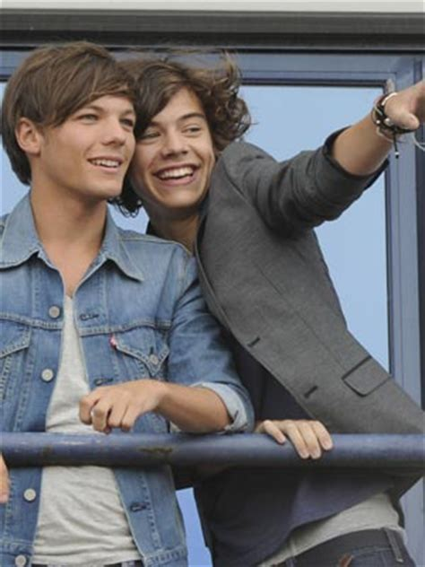 Get over it, Larry Stylinson shippers! One Direction's