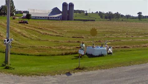Top 9 funny sights in Google Maps Street View