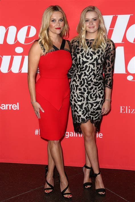 Reese Witherspoon's Daughter Ava Phillippe Stuns at Paris